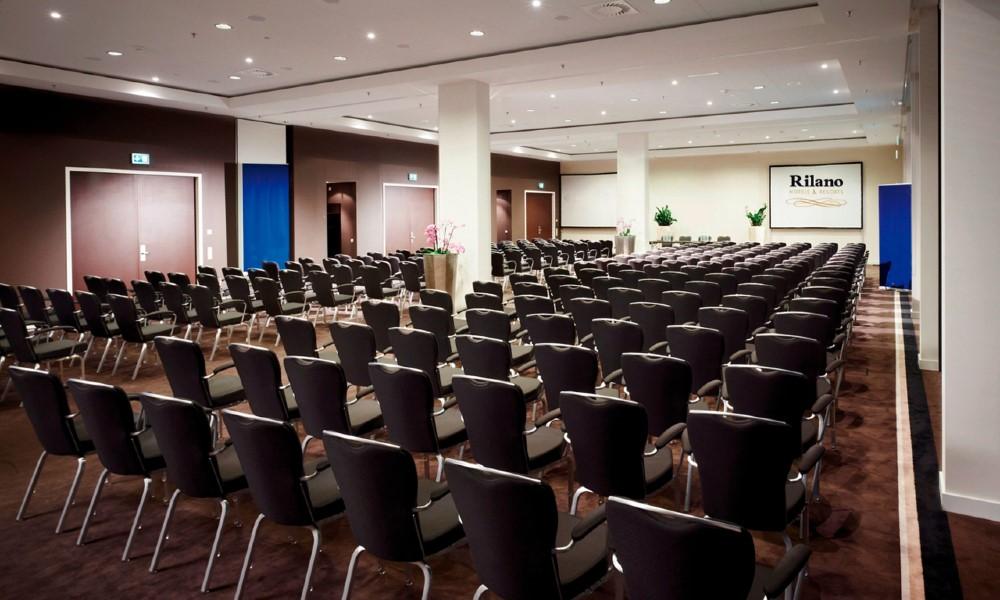 Tagen in dem größten Tagungshotel von Schwabing.